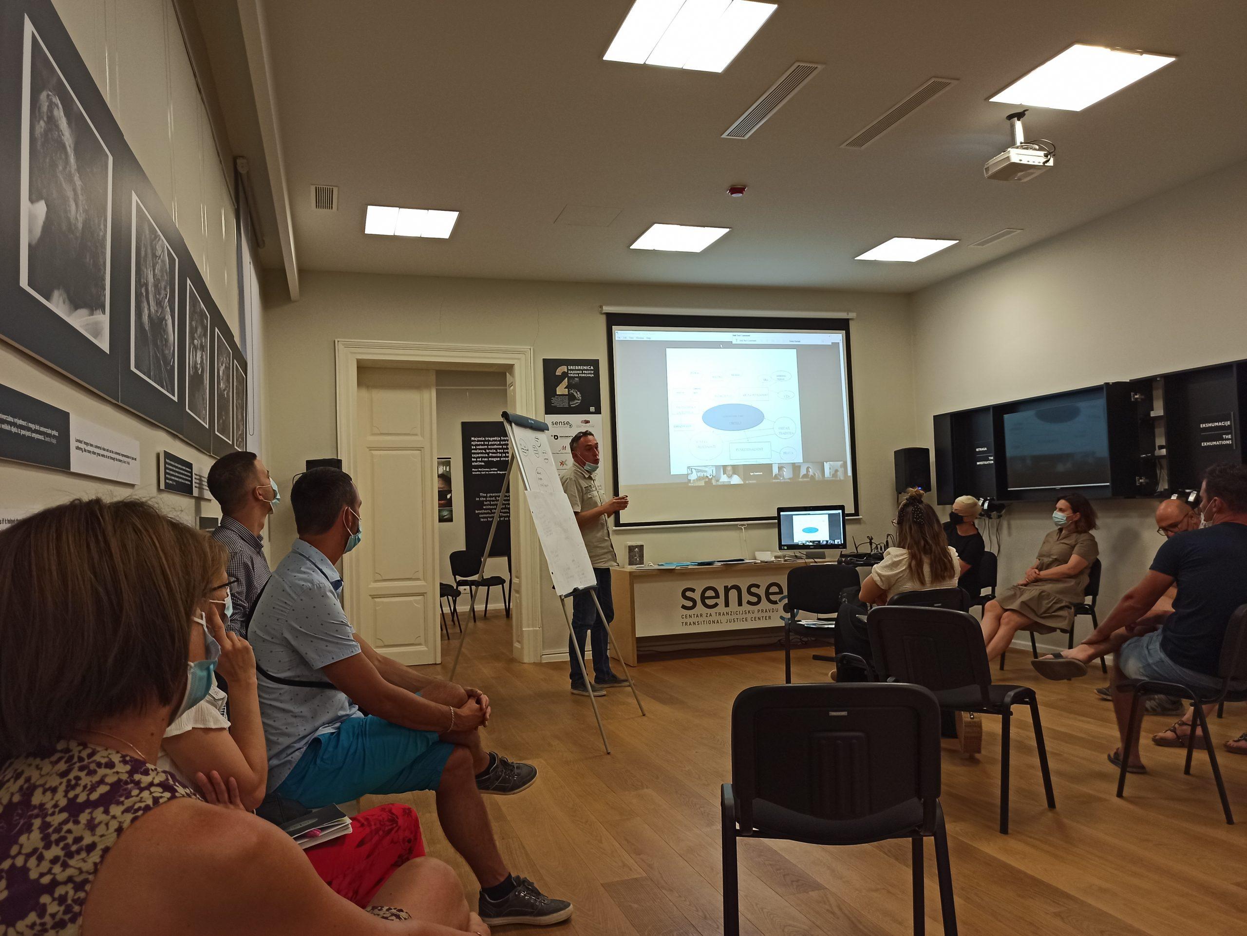 Održana edukacija za nastavnike povijesti škola Istre o korištenju arhive haškog suda